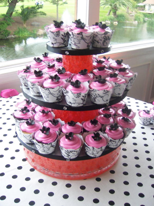 Black and Pink Cupcake Display