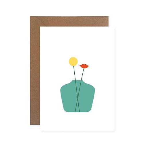 Postkarte - Vase mit Kuss