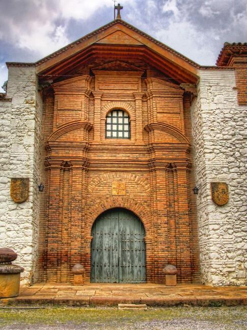 Fachada Santo Ecche Hommo - Santa Sofía Boyacá