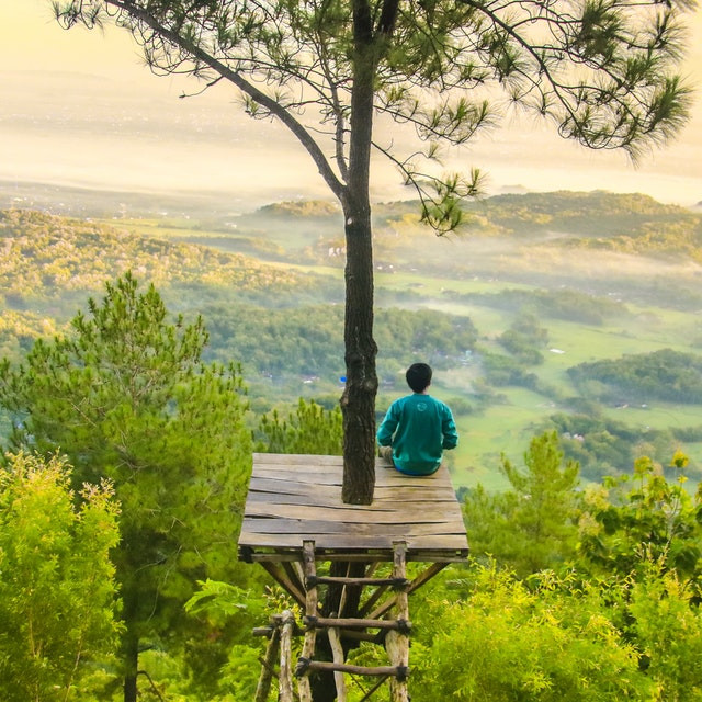 Meditation as part of slow living movement