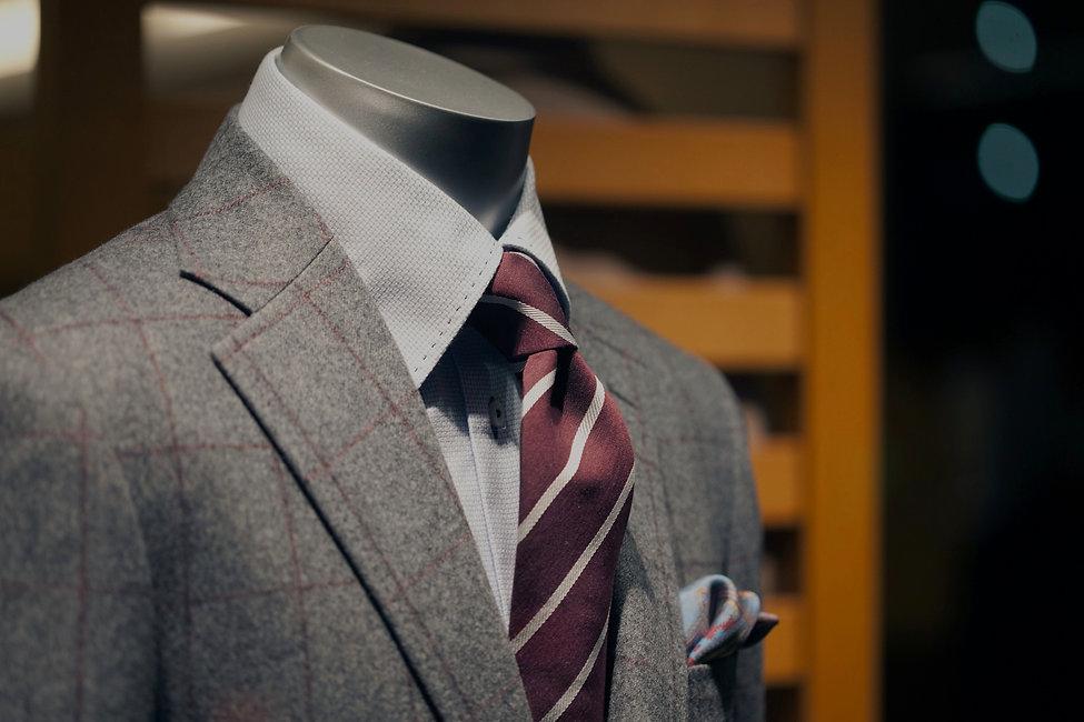 suit_edited_edited_edited.jpg