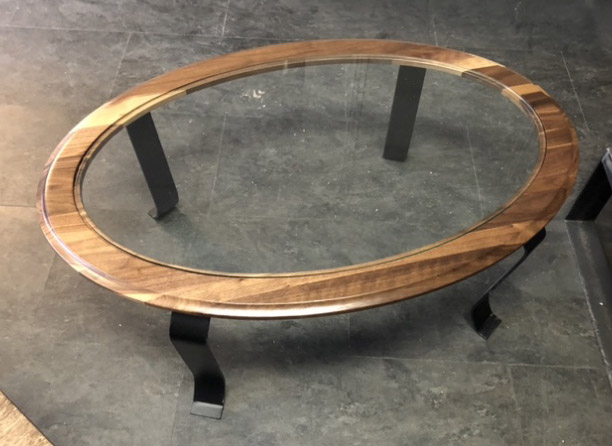 COFFEE TABLE WALNUT AND GLASS