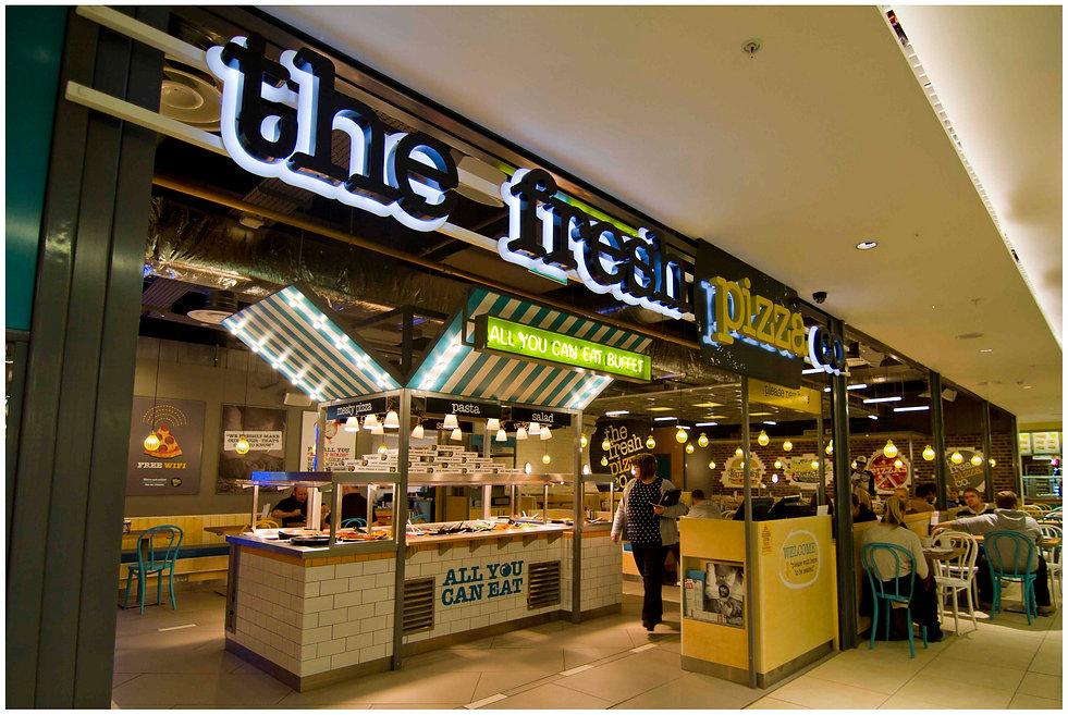Fresh Pizza, Victoria station 2.jpg
