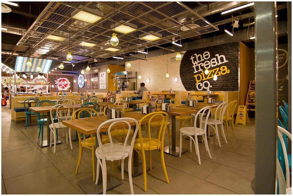 Fresh Pizza, Victoria station 3.jpg