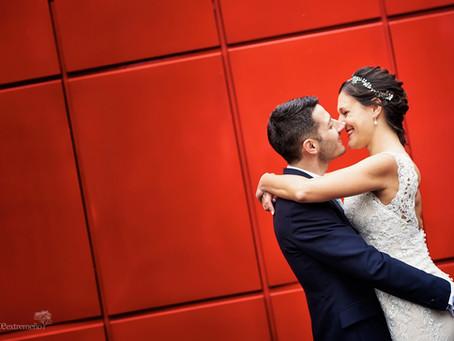 Sergio y Cristina. Boda en el Castillo de las Arguijuelas (Cáceres) y postboda en Bruselas.