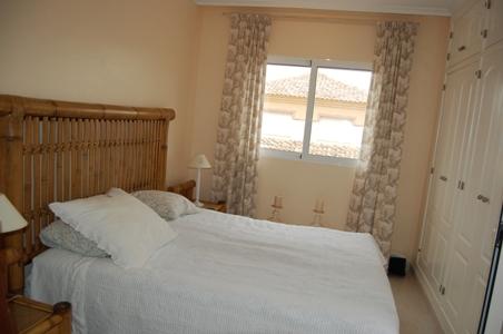 Double bedroom with en suite
