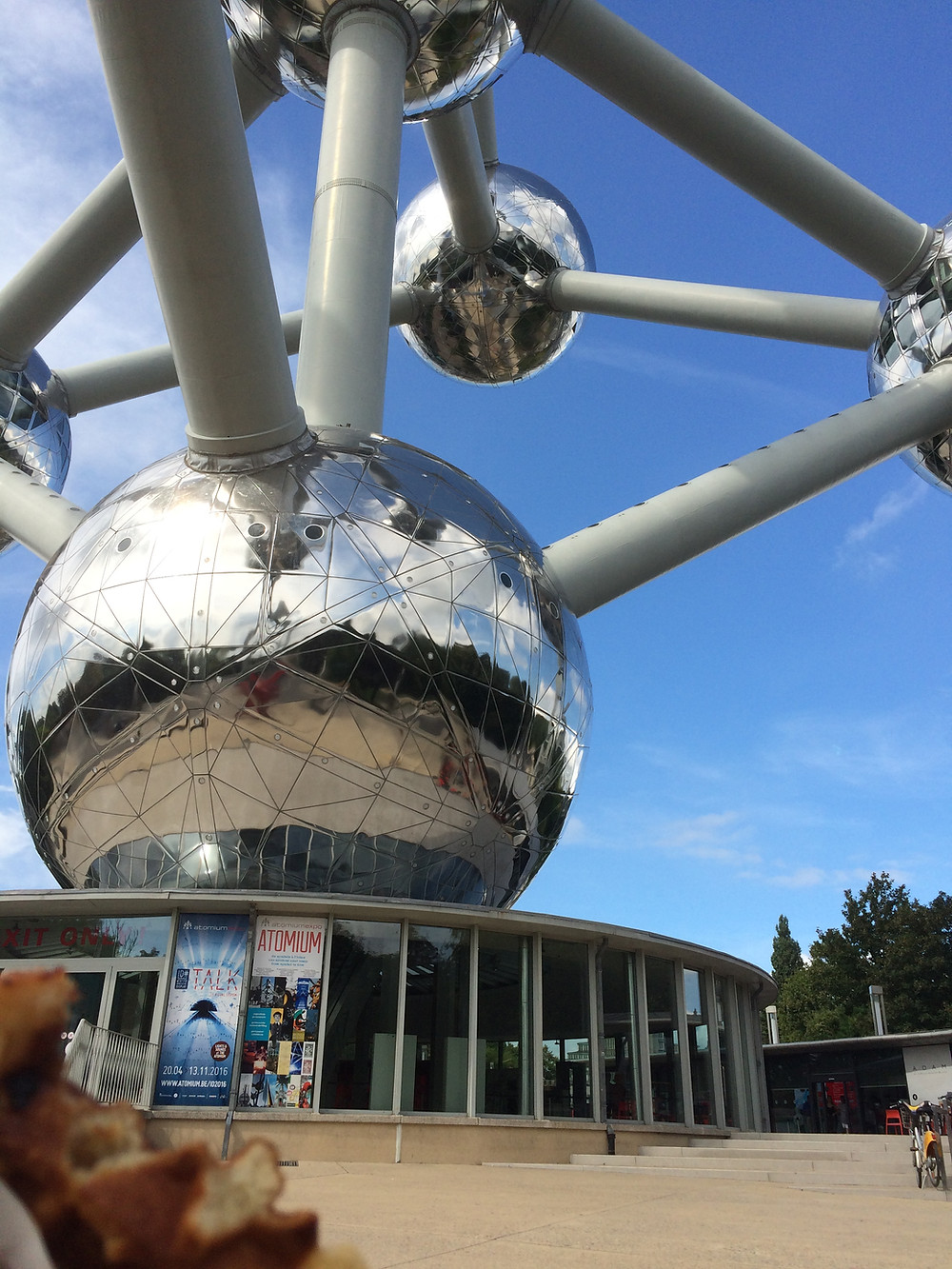 Enjoying a waffle at the Atomium!
