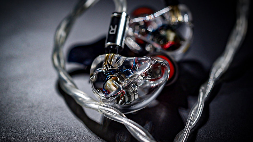 AURA DX4 - UNIVERSAL IN-EAR MONITOR