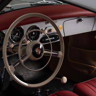 1956 Porsche 356_DSC_0571_v01.jpg