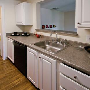 8 -1BR Kitchen(11).jpg