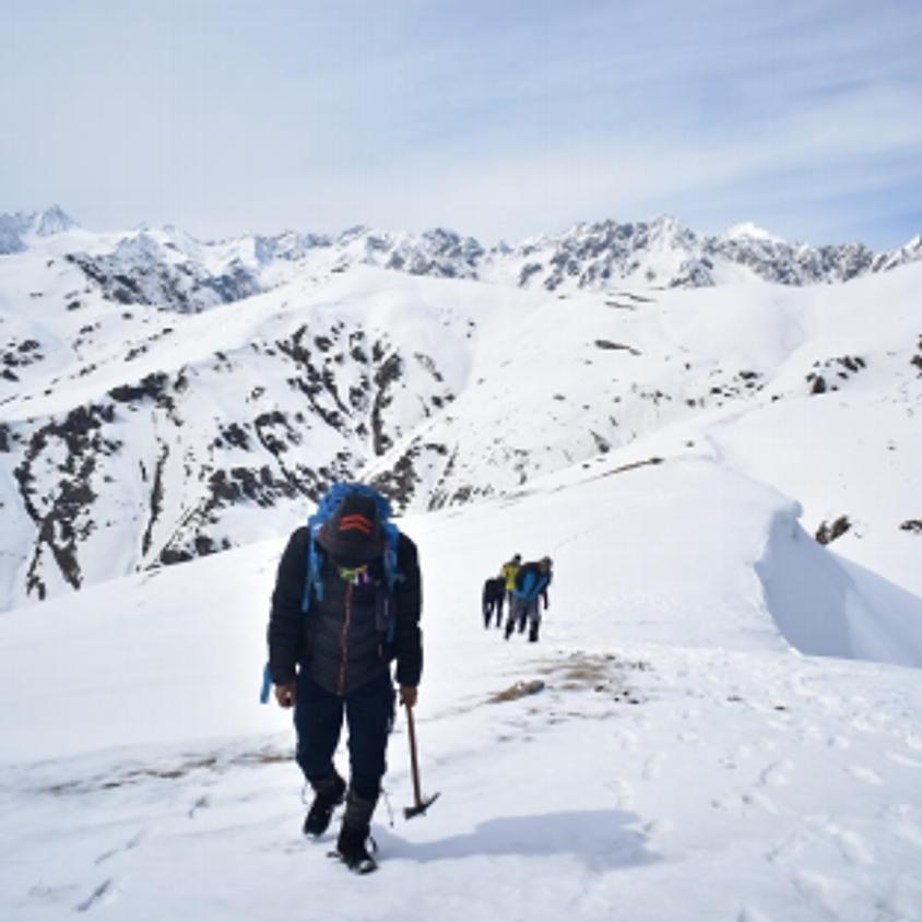 Saurkundi Snow Trek
