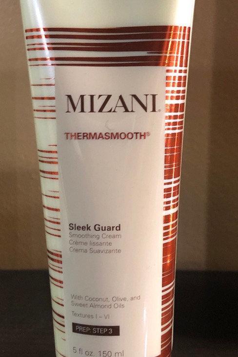 Mizani Sleek guard