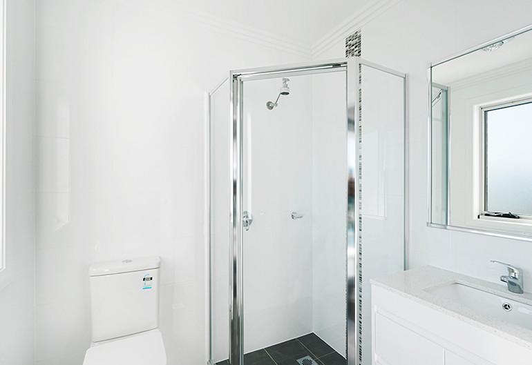 penrith_bathroom.jpg