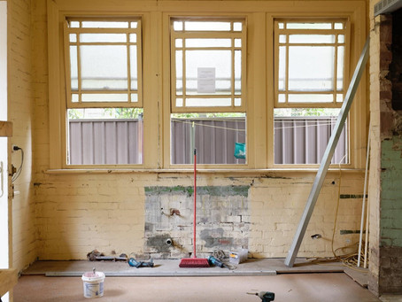 4 Things You Need to Do Before Deciding to Purchase a Fixer-Upper