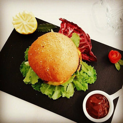 Hamburger con Pulled Pork