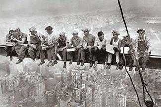 operai-grattacielo-new-york.jpg