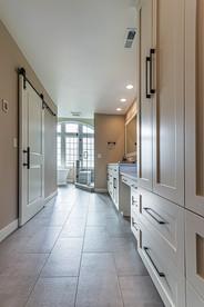 Bathroom Suite 2