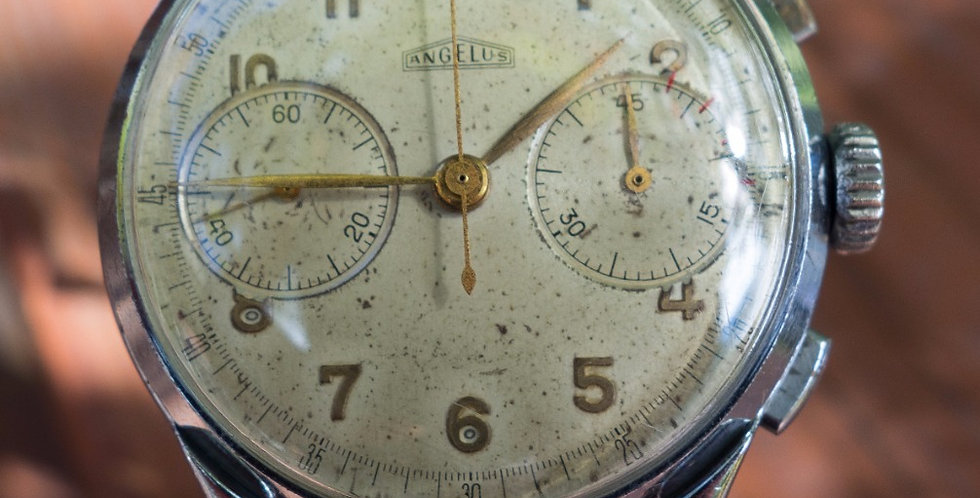 Angelus 215 1945