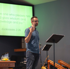 Pastor Adam