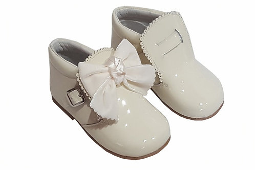 Condiz Buckle Bow Boots  -beige only