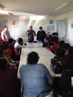 Echanges avec les élèves à l'aérodrome de Mondidier