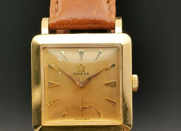 Omega vintage 3976 square pink gold, watch only.