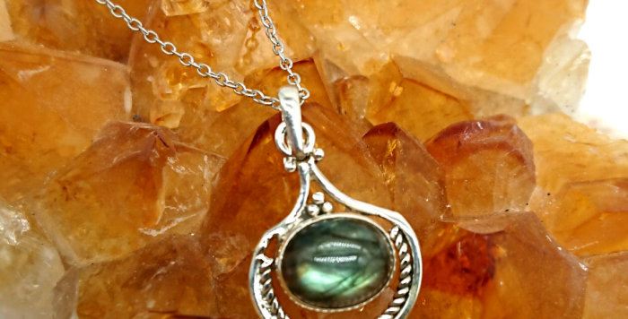 Sterling Silver Labradorite Pendant with Sterling Silver Chain