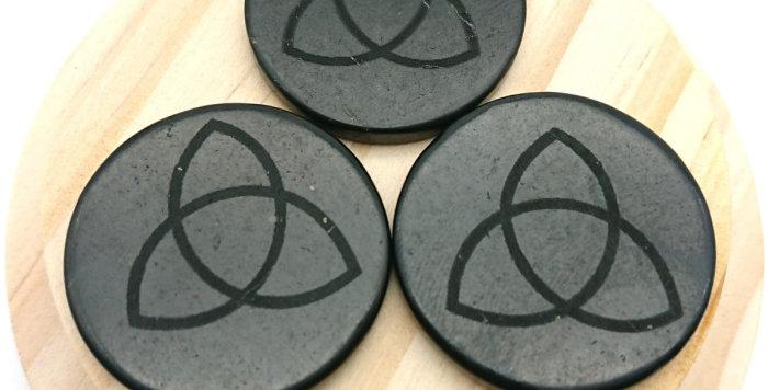 Shungite EMF Protection Plate for Phones – Triquetra Celtic Design