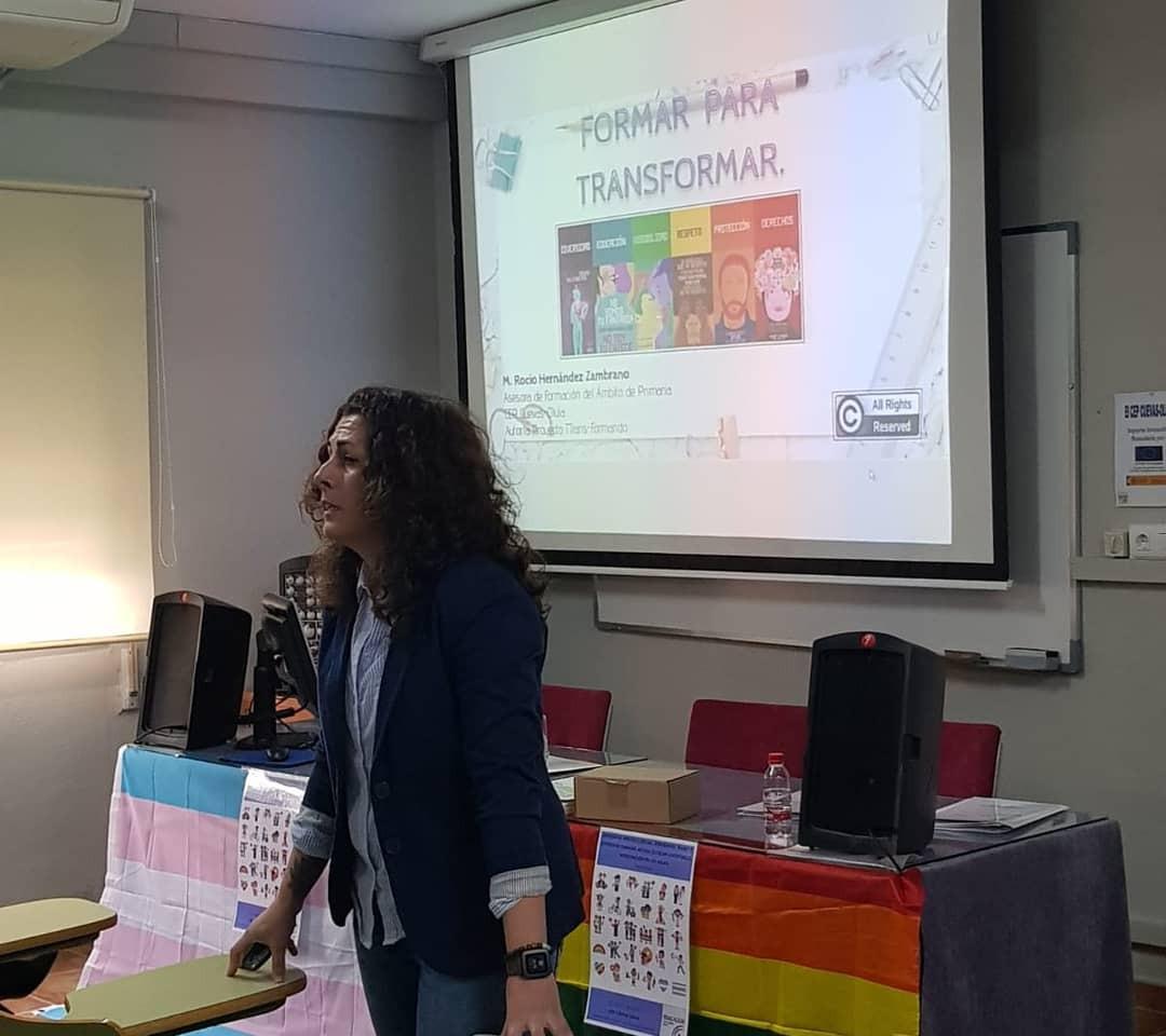 Formación sobre diversidad LGBTI+ a familias y profesorado en el CEP Cuevas-Olula