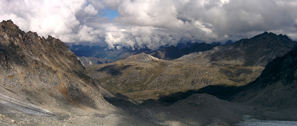 Talkeetna Mountains and Bomber Glacier (the crushed bomber is not visible on this photo). Photo by Ido Gayer.