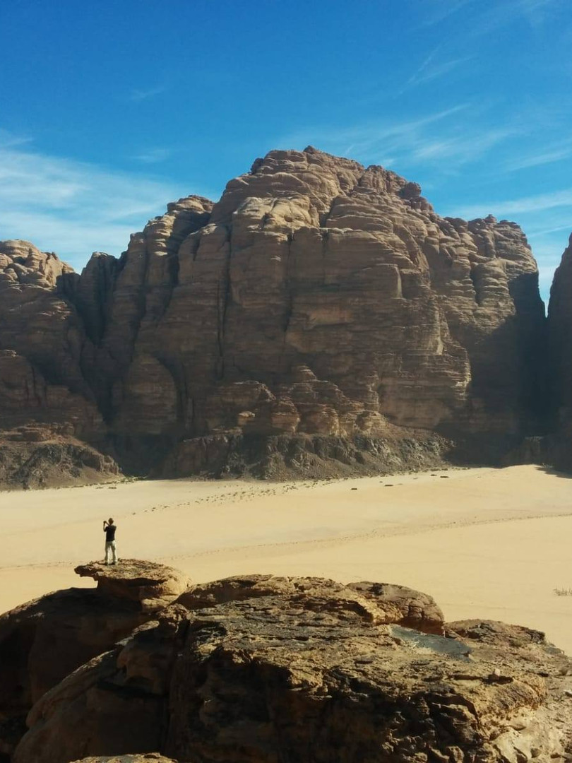 Taking a look of the Valley of Wadi Rum