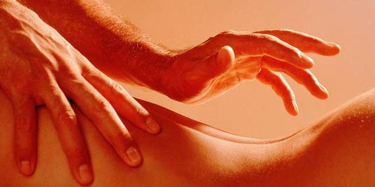 formations et initiation massage tantrique