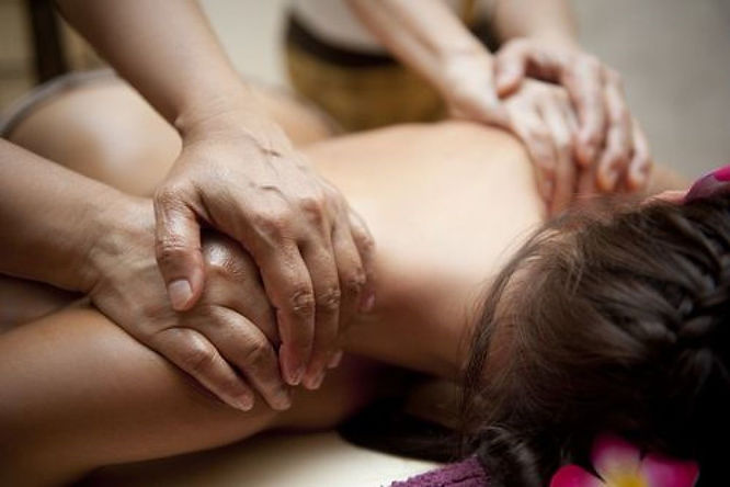 massage tantrique à 4 mains