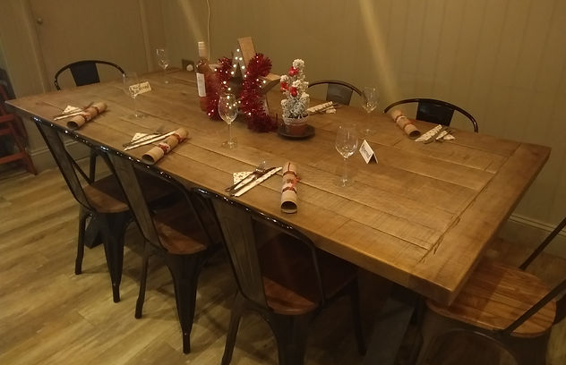 Christmas Table_1_Cropped.jpg