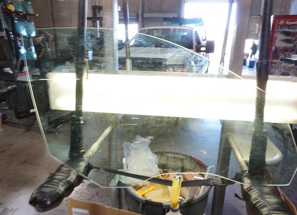 2004-10 BMW 5 series 4 Door Right Front Door Glass
