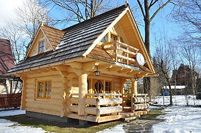 petite maison rondin 1.JPG