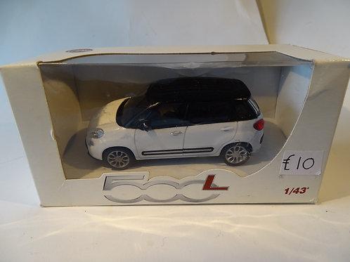 Fiat 500L model