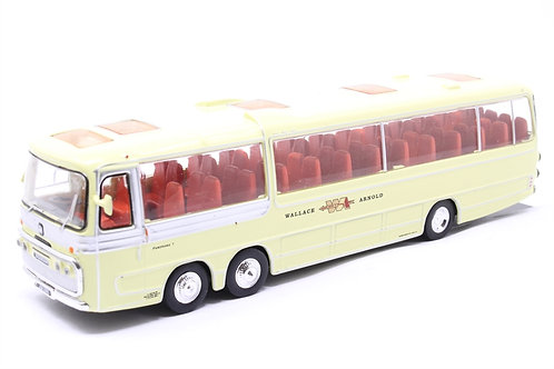 Bedford Plaxton Panorama 'Wallace Arnold' 4642102 model bus