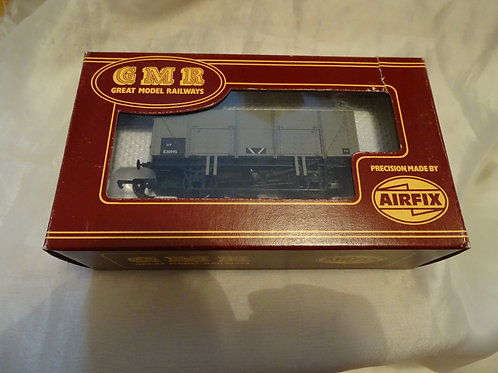 20 Ton Mineral Wagon BR Plank by GMR, Airfix. 54359-6
