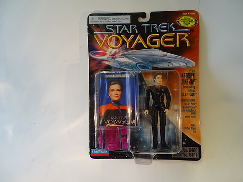 "Captain Kathryn Janeway 5"" poseable figure by Bandai Playmates"