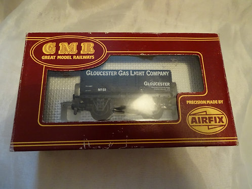 7 Plank Glouc. Gas Light Co. wagon by GMR, Airfix.  54380-0