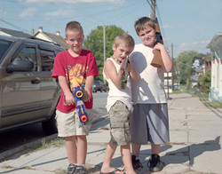 kidz with gunss