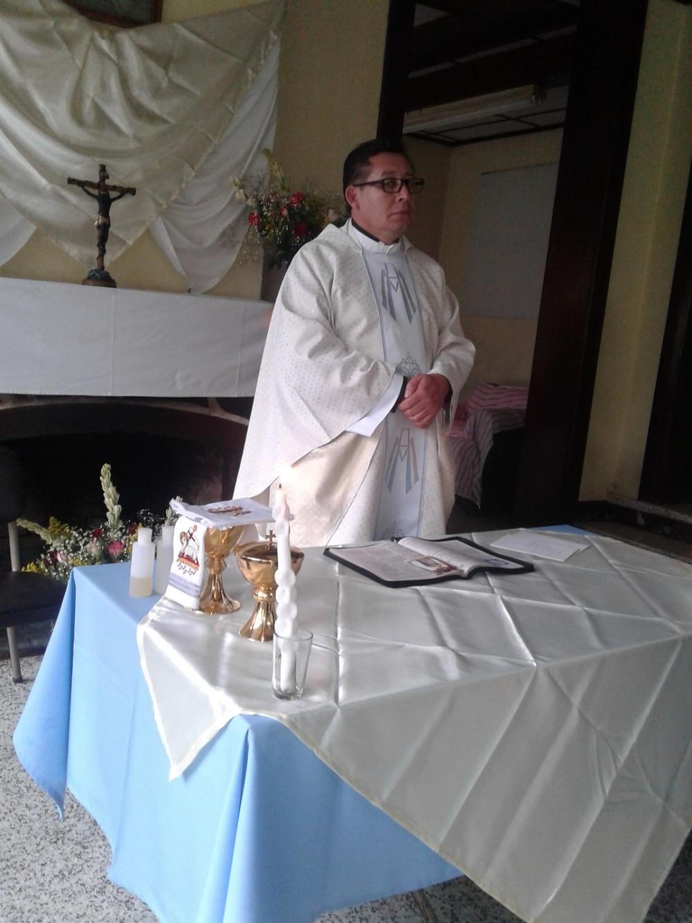 Padre Juan Carlos Dealtan, Parroquia Santo Tomas Milpas Altas