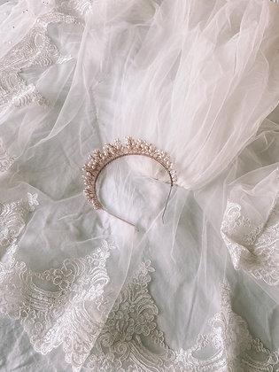 Queen Pearl Headband