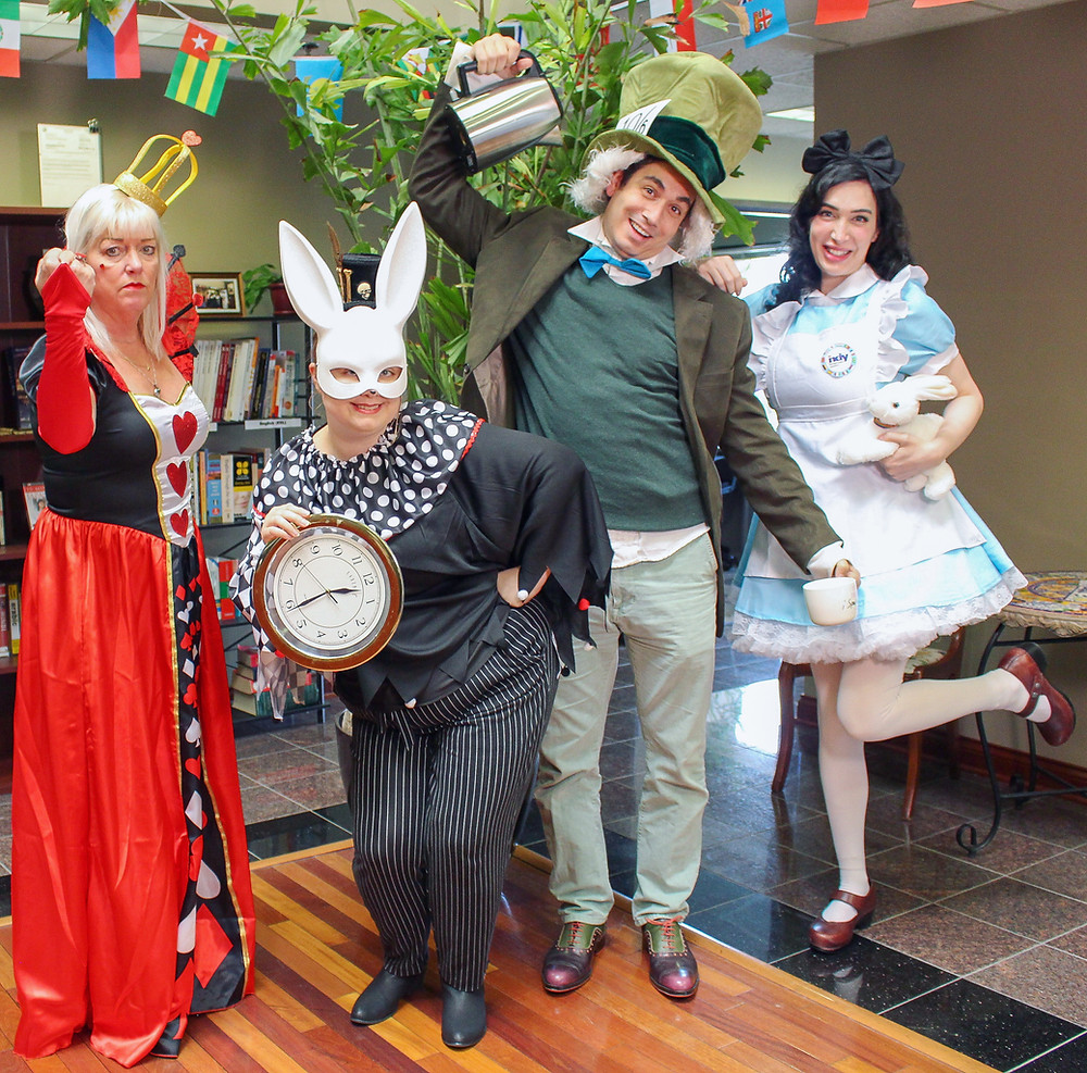 Alice in Wonderland costumes. Queen of Hearts, White Rabbit, Mad Hatter, Alice