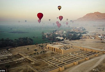 hot-air-balloon-in-luxor.jpg