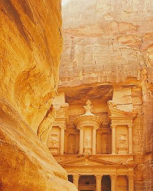 archaeological-2595597_1920-800x960.jpg