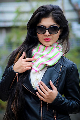 """Chic chevron - neon pink & green"" handloom stole"
