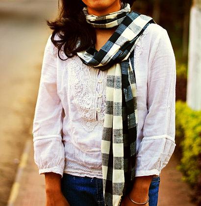 """Gingham style - Black & white"" eri silk handloom scarf"
