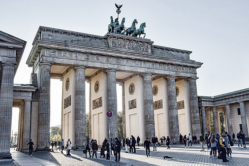 brand-front-of-the-brandenburg-gate-5117